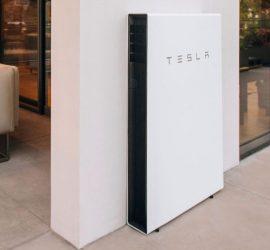 Pin lưu trữ điện trong nhà Powerwall của Tesla sau 4 năm sử dụng