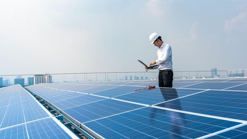https://sunemit.com/wp-content/uploads/2020/10/Solar-sunemit-chuyen-gia.jpg