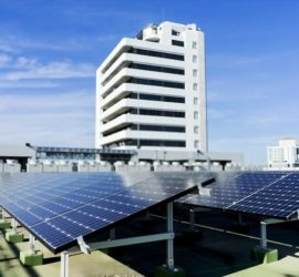 TP.HCM sẽ lắp Điện mặt trời trên các trụ sở công lập