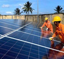 Giá bán điện năng lượng mặt trời cho EVN mới nhất năm 2021