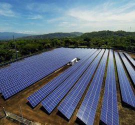 Các vấn đề liên quan đến phát triển điện mặt trời tại Việt Nam