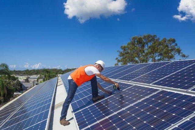 Hướng dẫn cách bảo dưỡng tấm pin năng lượng mặt trời