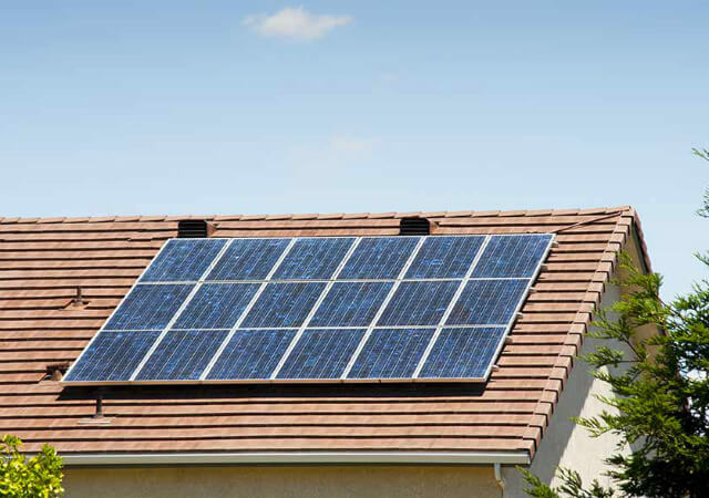Cần lắp bao nhiêu tấm pin mặt trời cho một ngôi nhà?