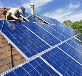Những tấm pin năng lượng mặt trời có tuổi thọ là bao lâu ?